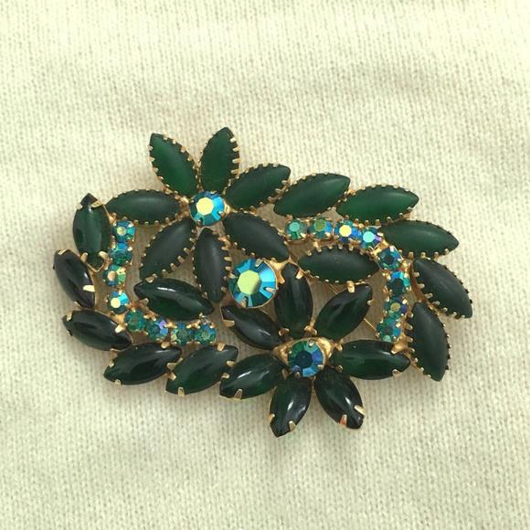 8304e2e27 Vintage Jewelry | Juliana Pronged Rhinestone Flower Leaf Pin | Poshmark